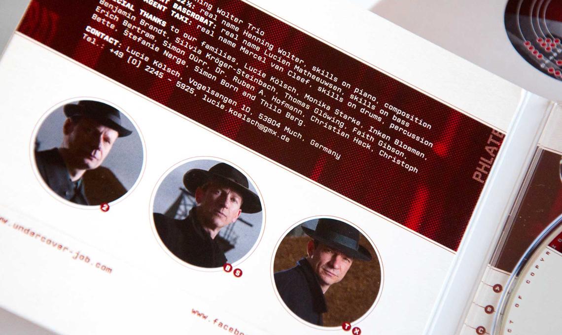 UJ CD cover innen